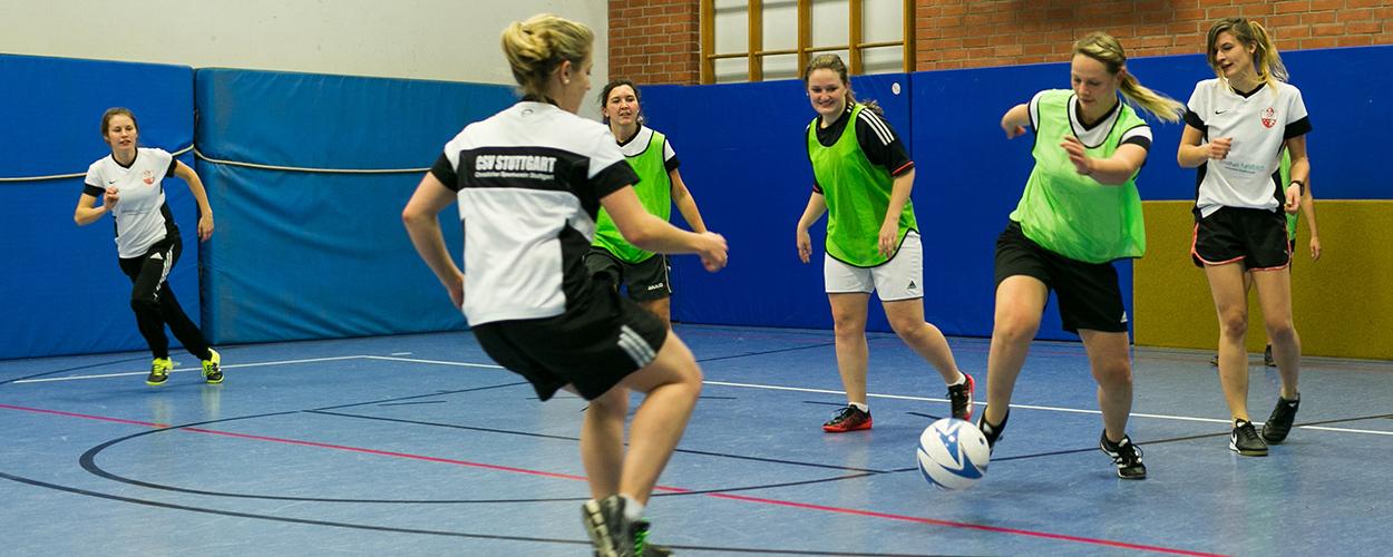 Training in der Halle | CSV Frauenfußball