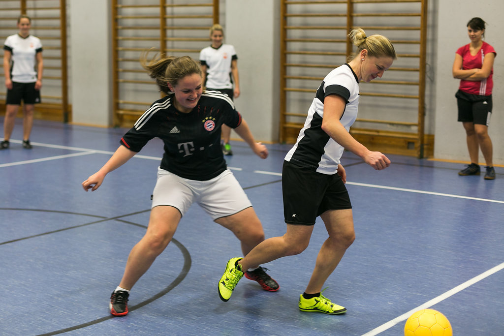 Zweikampf | CSV Frauenfußball-Team